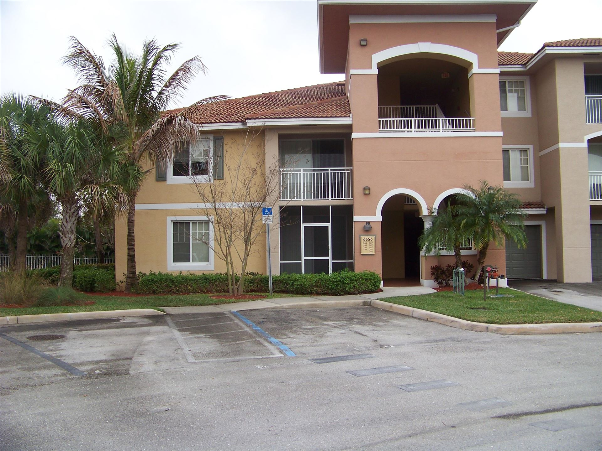 6556 Emerald Dunes Drive #201, West Palm Beach, FL 33411 - #: RX-10712639