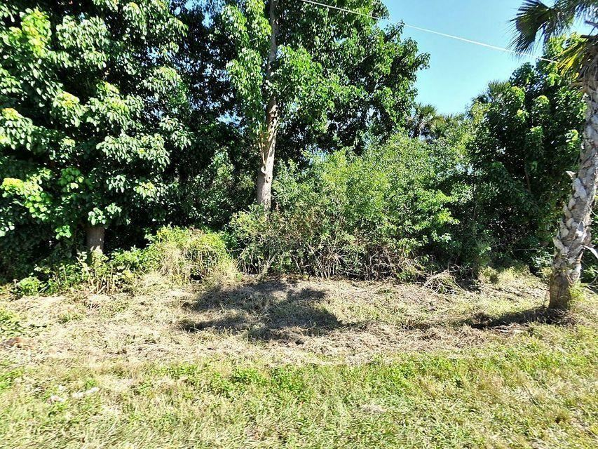 Photo of 7350 Okeechobee Road, Fort Pierce, FL 34945 (MLS # RX-10681640)