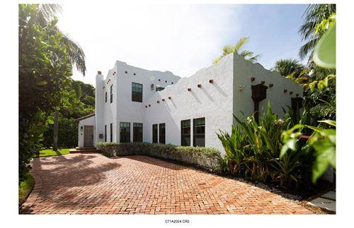 Foto de inmueble con direccion 300 Westminster Road West Palm Beach FL 33405 con MLS RX-10633641