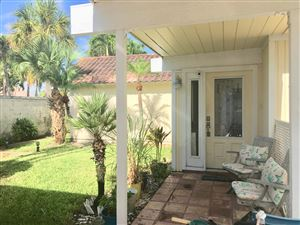 Photo of 102 W Tarpon Lane W, Jupiter, FL 33477 (MLS # RX-10550642)