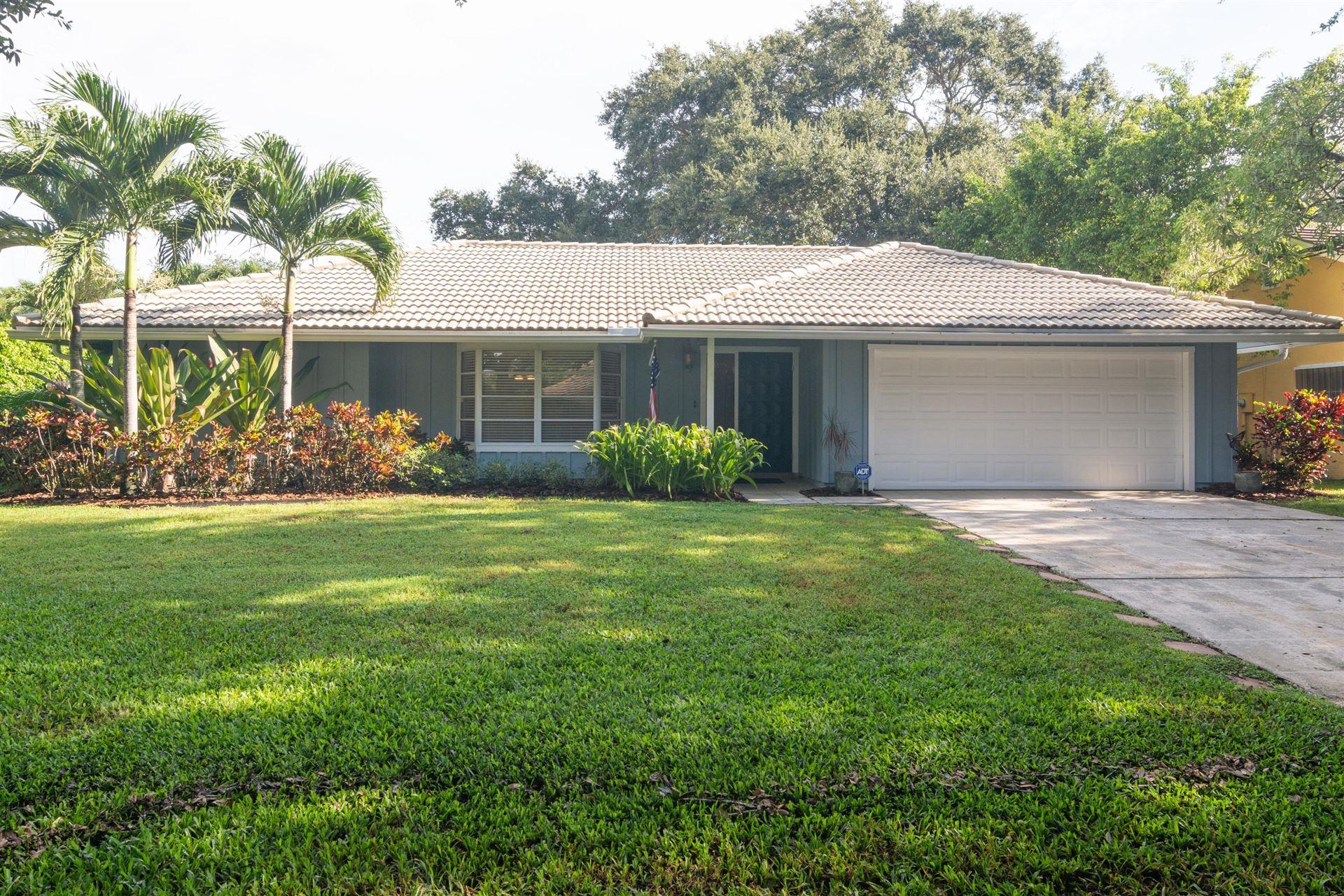 2 Bannock Road, Palm Beach Gardens, FL 33418 - #: RX-10648642