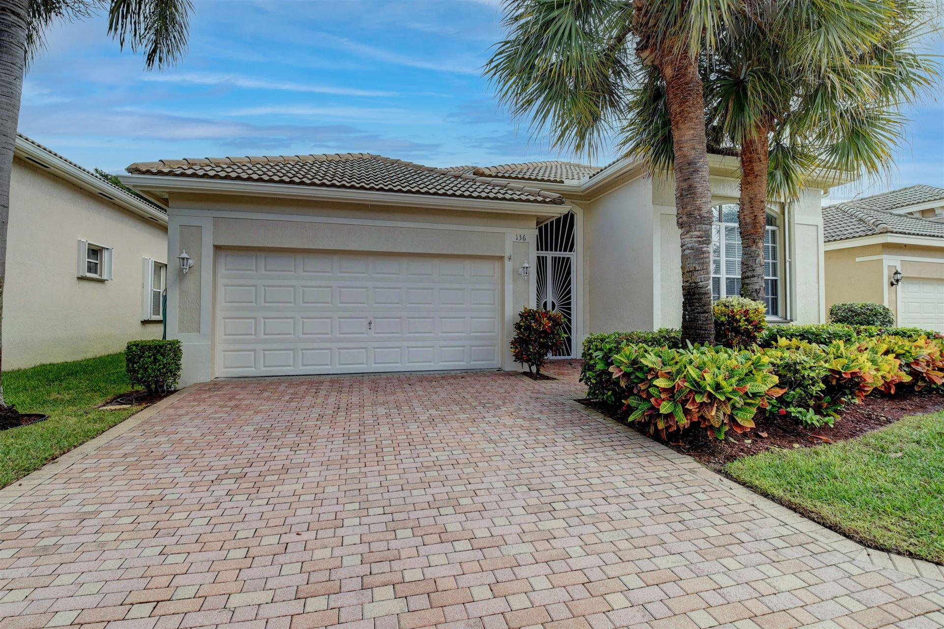 136 Palm Circle, Atlantis, FL 33462 - #: RX-10671643