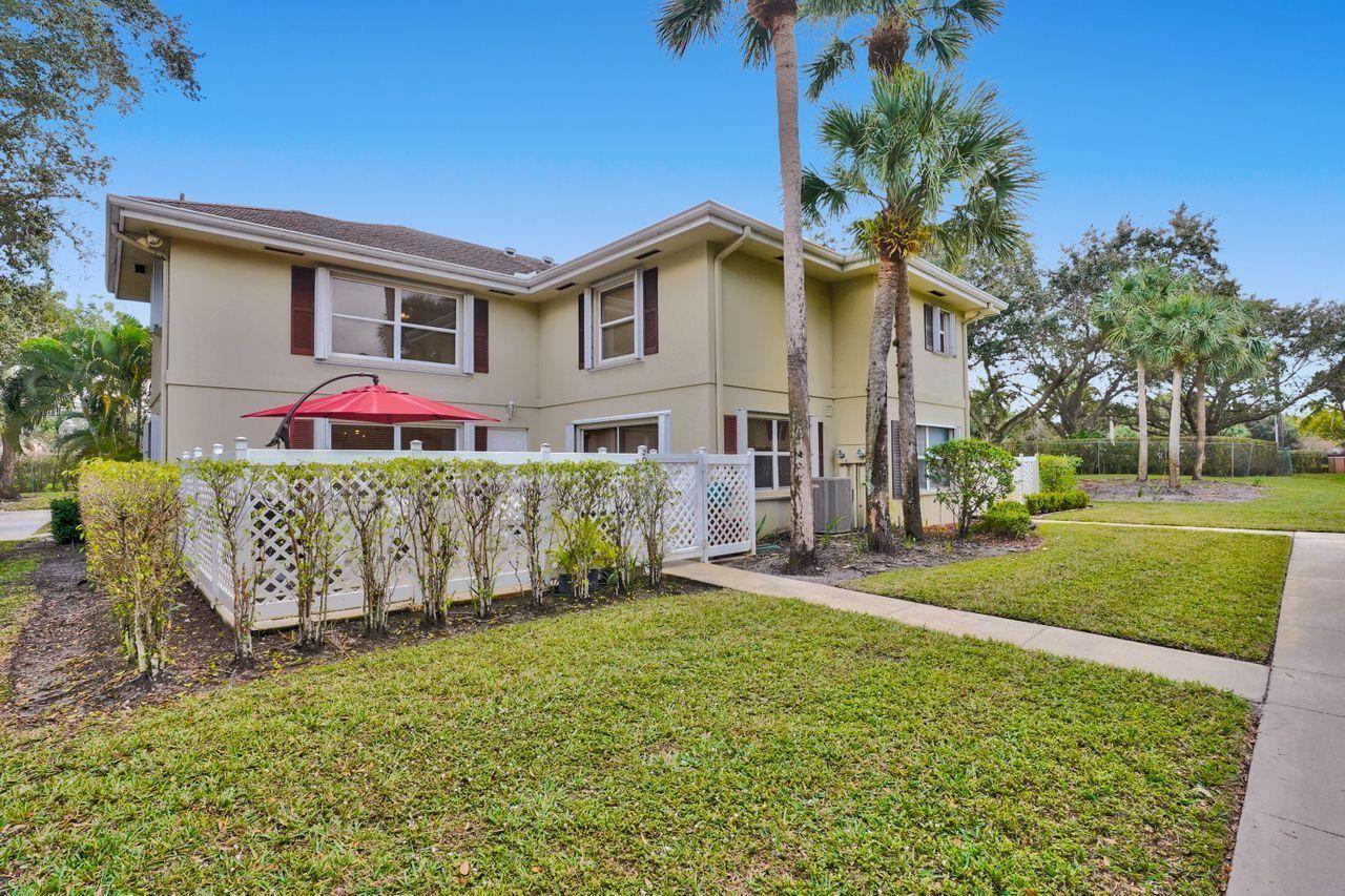 2 Amherst Court #D, Royal Palm Beach, FL 33411 - #: RX-10687646
