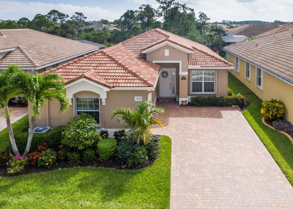 1672 NW Old Oak Terrace, Jensen Beach, FL 34957 - #: RX-10671647