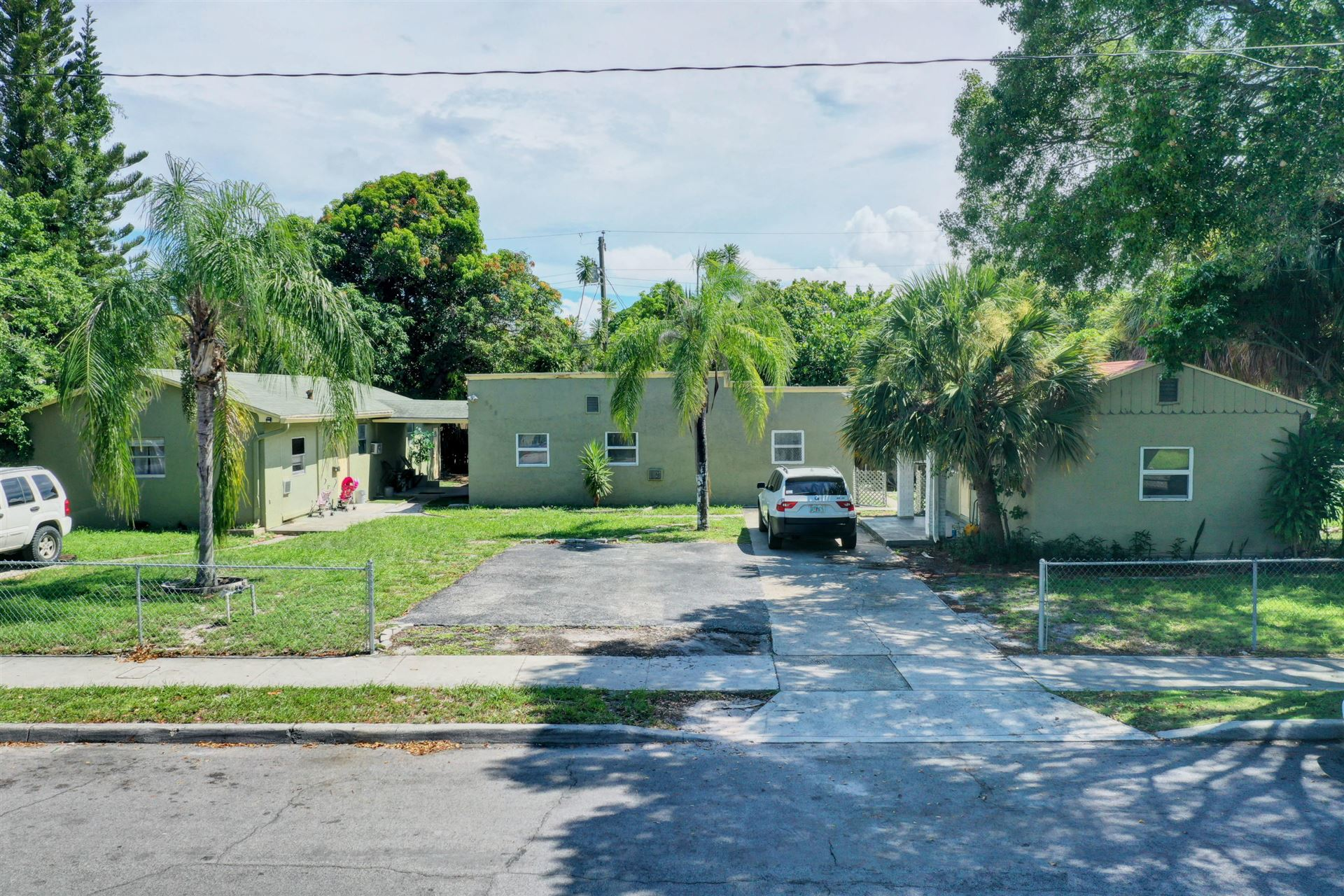 620 47th Street, West Palm Beach, FL 33407 - #: RX-10646648