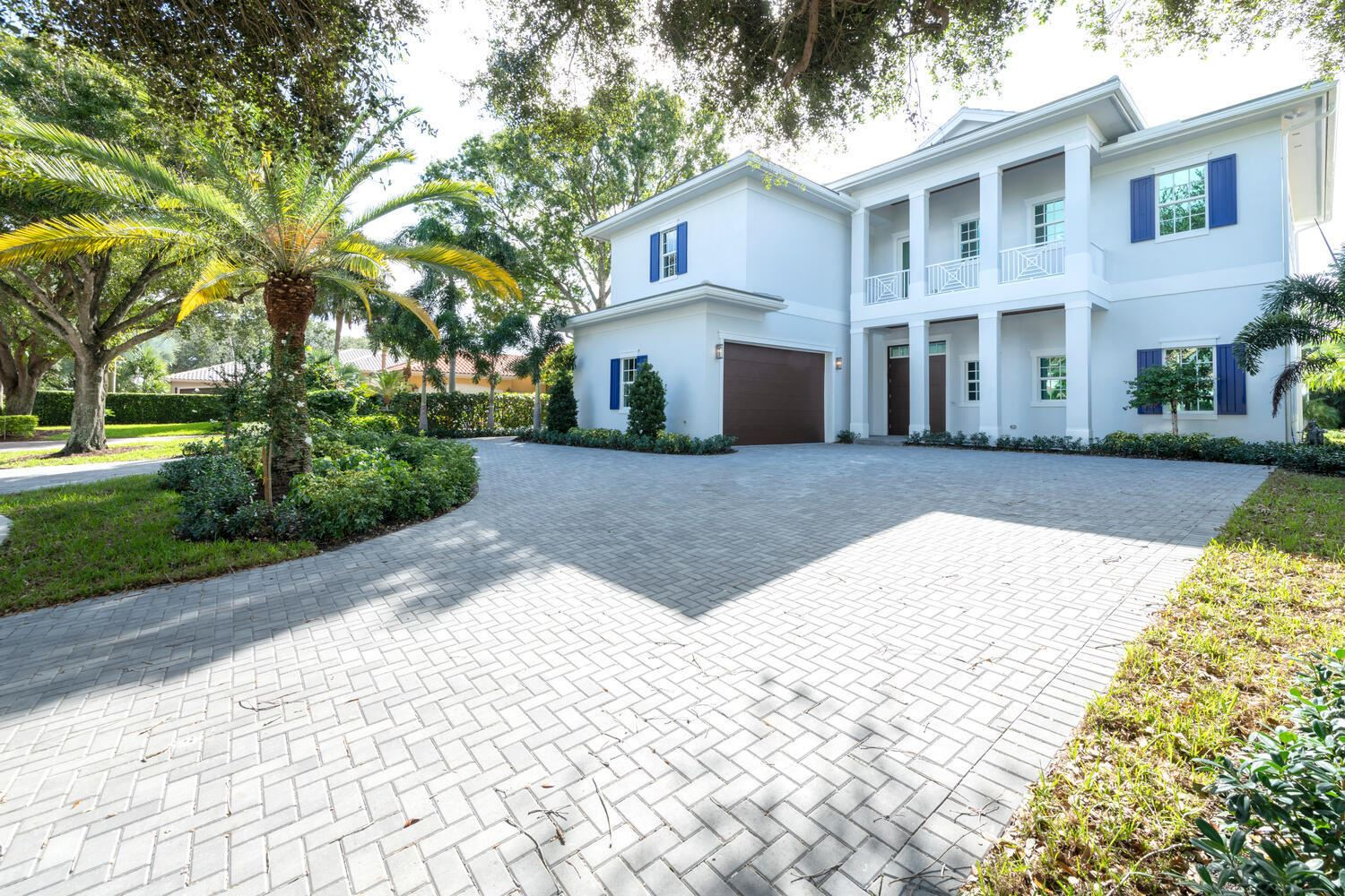 Photo of 333 Eagle Drive, Jupiter, FL 33477 (MLS # RX-10669652)