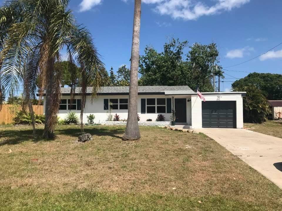 211 Beach Avenue, Port Saint Lucie, FL 34952 - #: RX-10685652