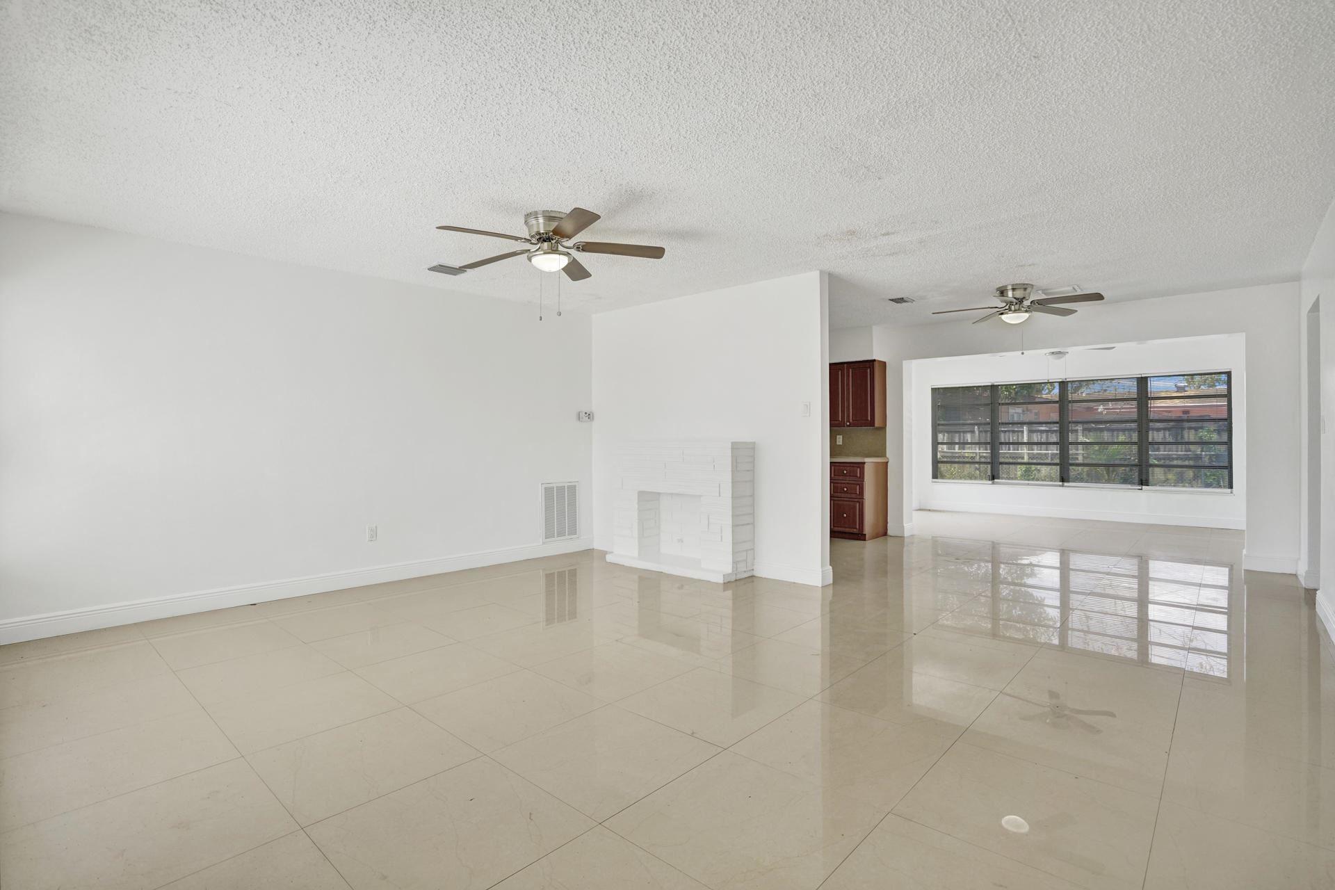 7221 Shalimar Street, Miramar, FL 33023 - #: RX-10644653