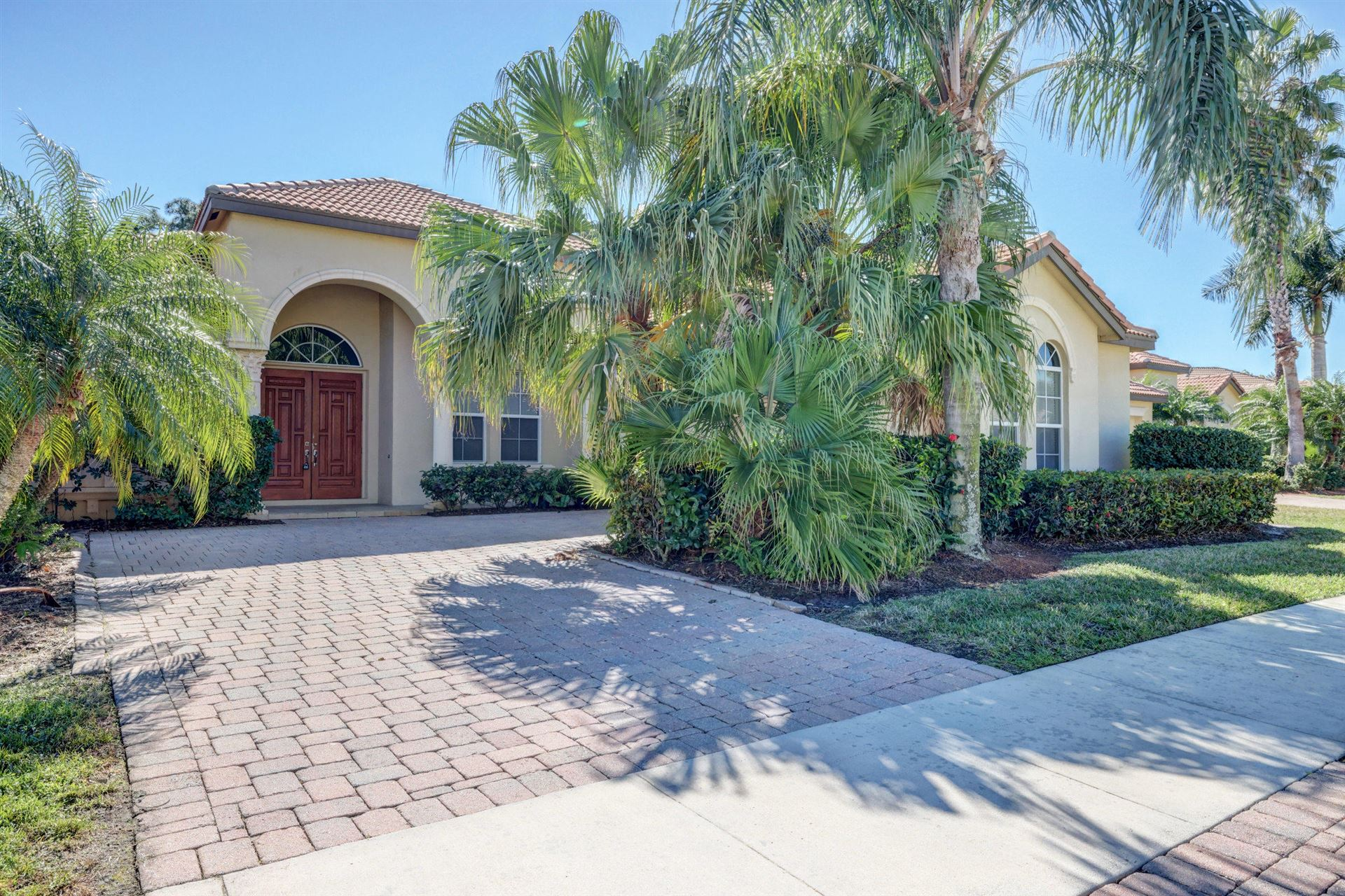 831 SW Vineland Court, Port Saint Lucie, FL 34986 - #: RX-10689653