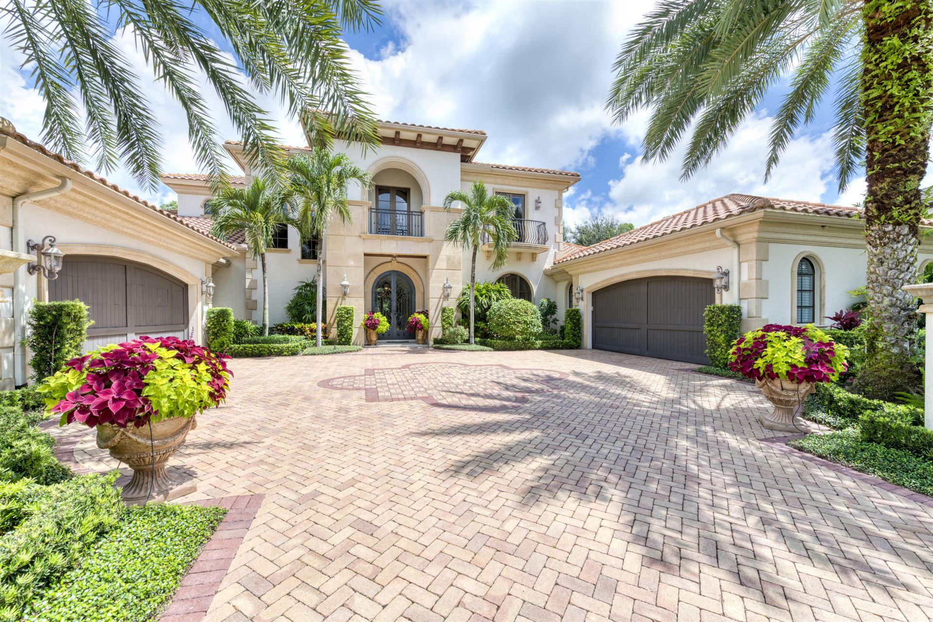 Photo of 107 Via Palacio, Palm Beach Gardens, FL 33418 (MLS # RX-10646654)