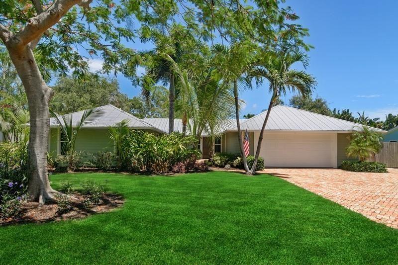 8 Palm Road, Sewalls Point, FL 34996 - #: RX-10642656