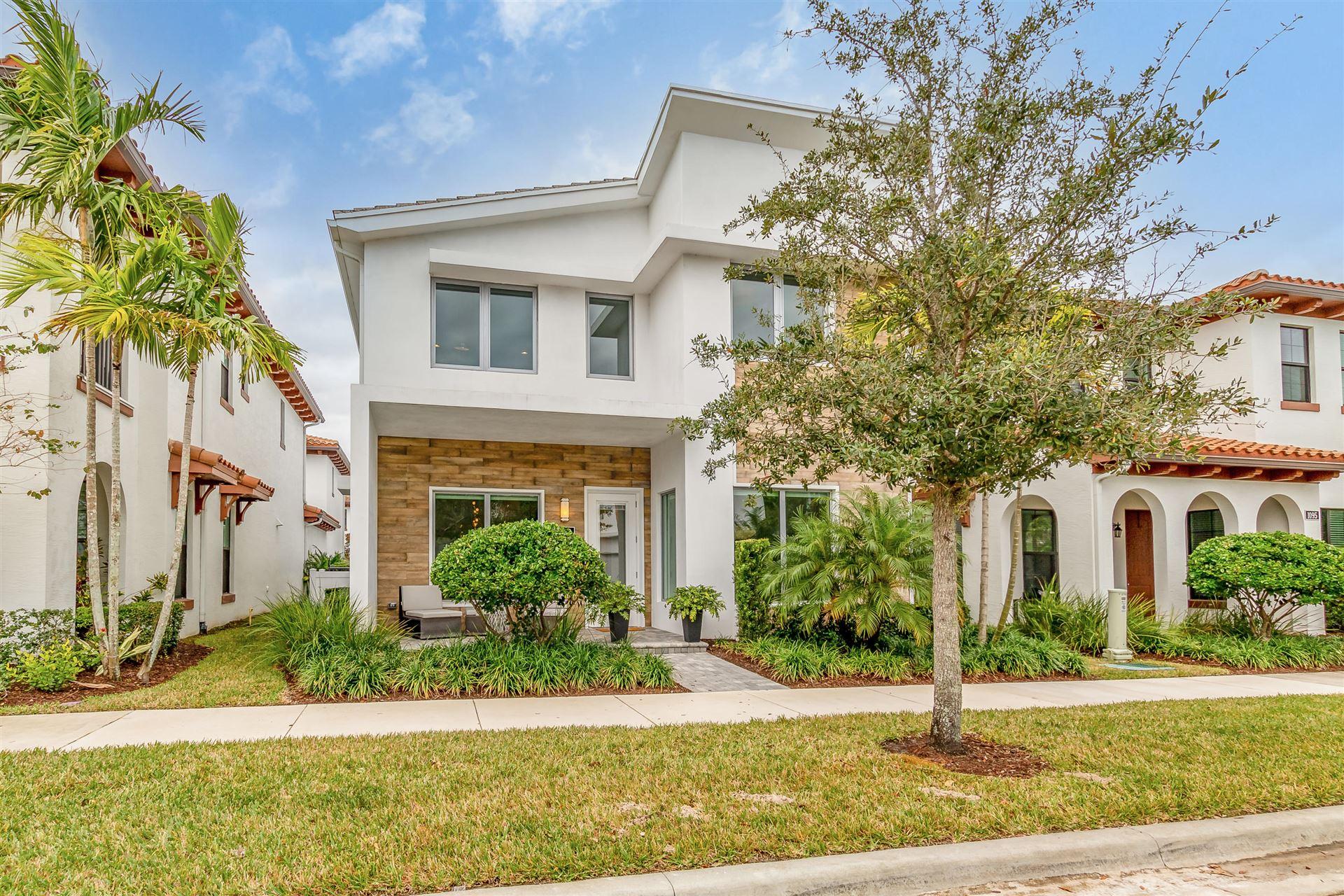Photo of 1093 Faulkner Terrace, Palm Beach Gardens, FL 33418 (MLS # RX-10702657)