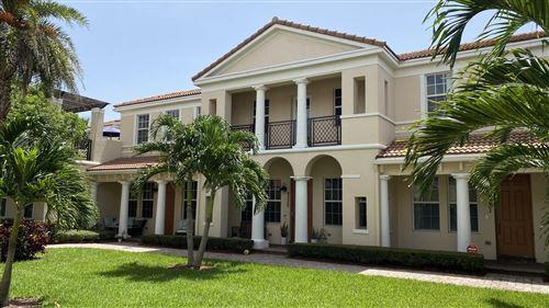 Foto de inmueble con direccion 8335 NW 7th Court Boca Raton FL 33487 con MLS RX-10634661
