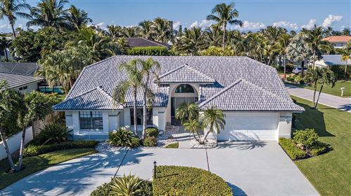 Photo of 218 Pirates Place, Jupiter Inlet Colony, FL 33469 (MLS # RX-10748662)