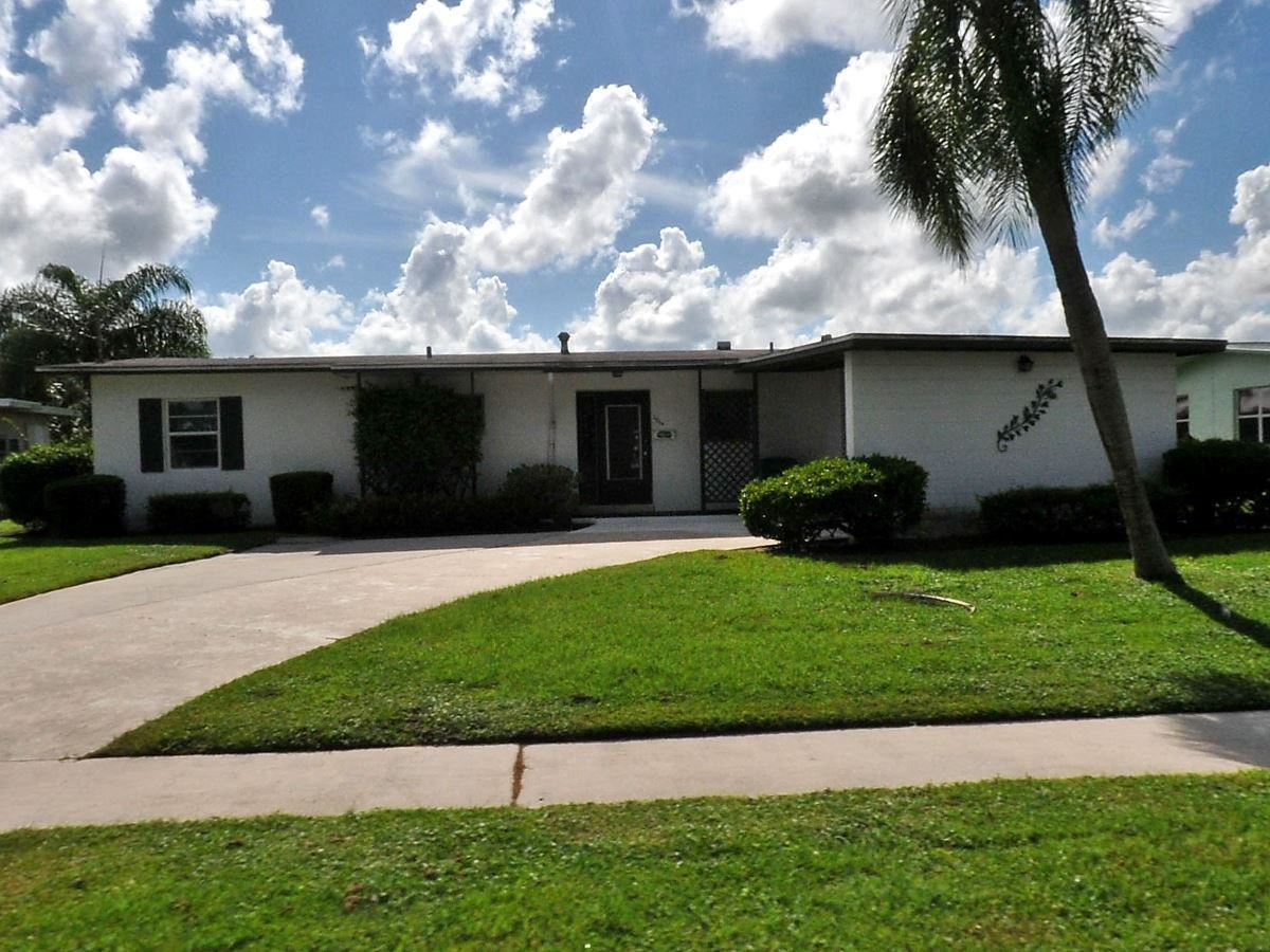 2864 SE Treasure Island Road, Port Saint Lucie, FL 34952 - #: RX-10658663