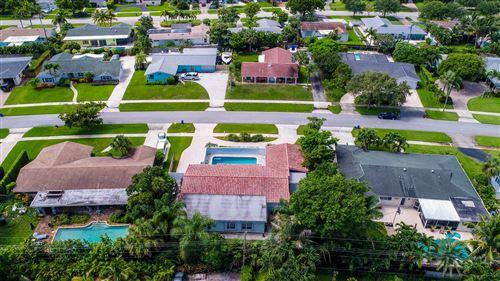 Photo of 425 Marlin Road, North Palm Beach, FL 33408 (MLS # RX-10736664)