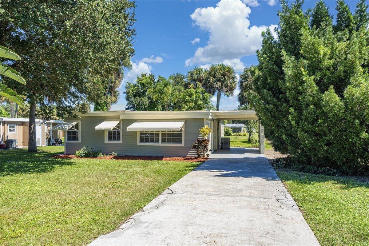 1825 49th Avenue, Vero Beach, FL 32966 - #: RX-10751664