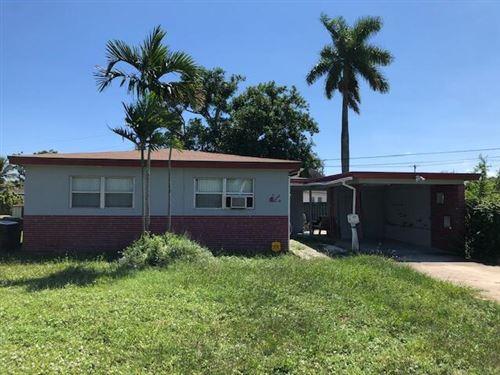 Photo of 3240 SW 17th Street, Fort Lauderdale, FL 33312 (MLS # RX-10748666)