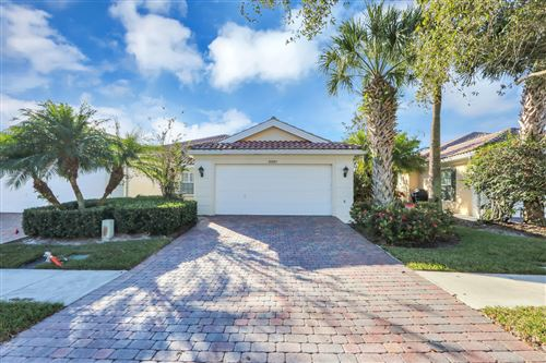 Photo of 8991 SE Eldorado Way, Hobe Sound, FL 33455 (MLS # RX-10583670)