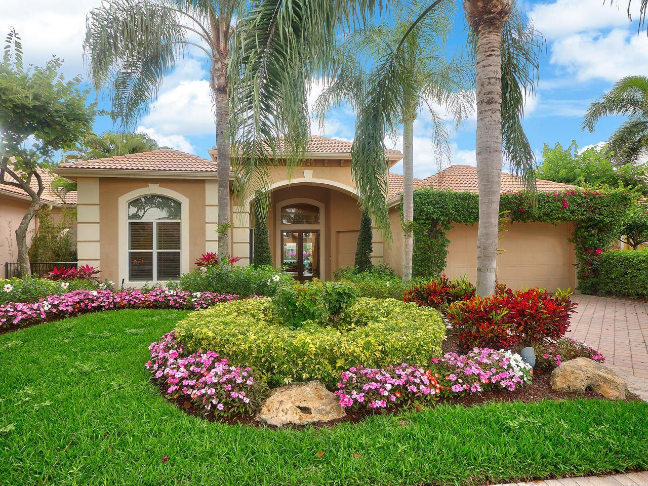 Photo of 120 Vintageisle Lane, Palm Beach Gardens, FL 33418 (MLS # RX-10619671)
