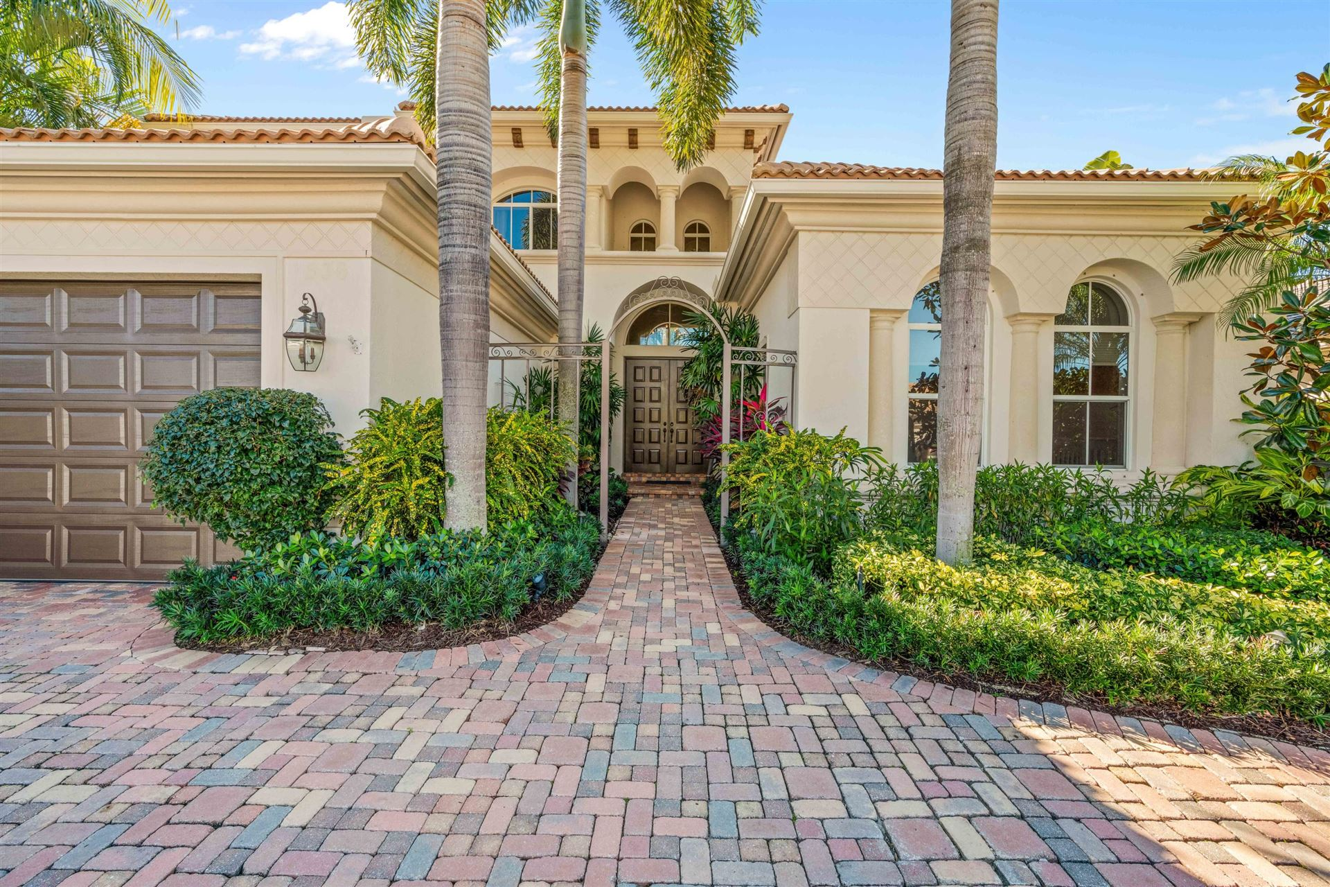 Photo of 536 Les Jardin Drive, Palm Beach Gardens, FL 33410 (MLS # RX-10687672)