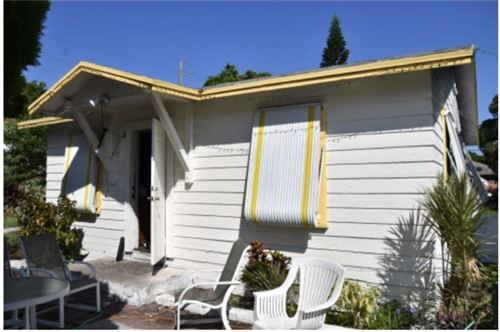Photo of 105 SW 9th Avenue, Delray Beach, FL 33444 (MLS # RX-10675674)