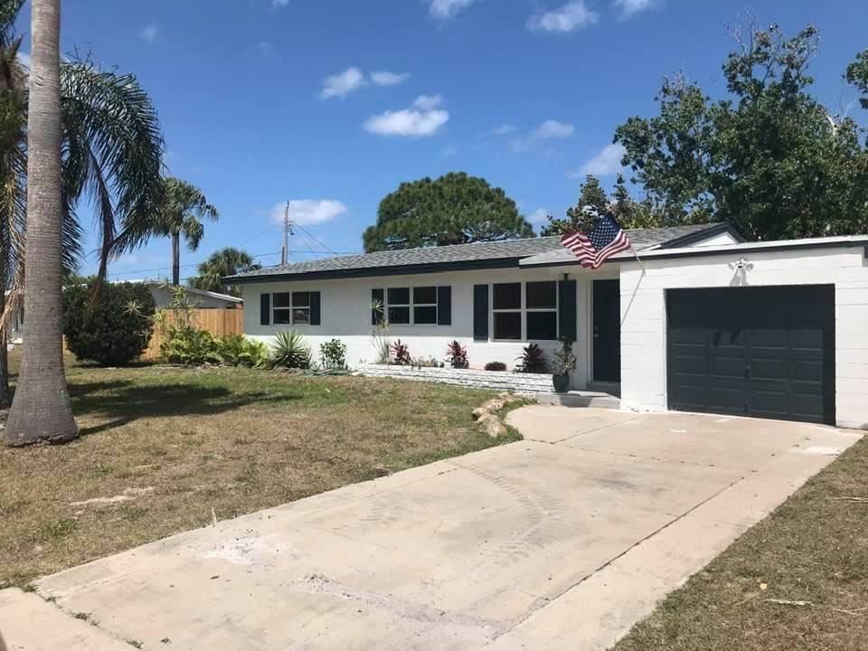 Photo of 211 Beach Avenue, Fort Pierce, FL 34952 (MLS # RX-10685674)