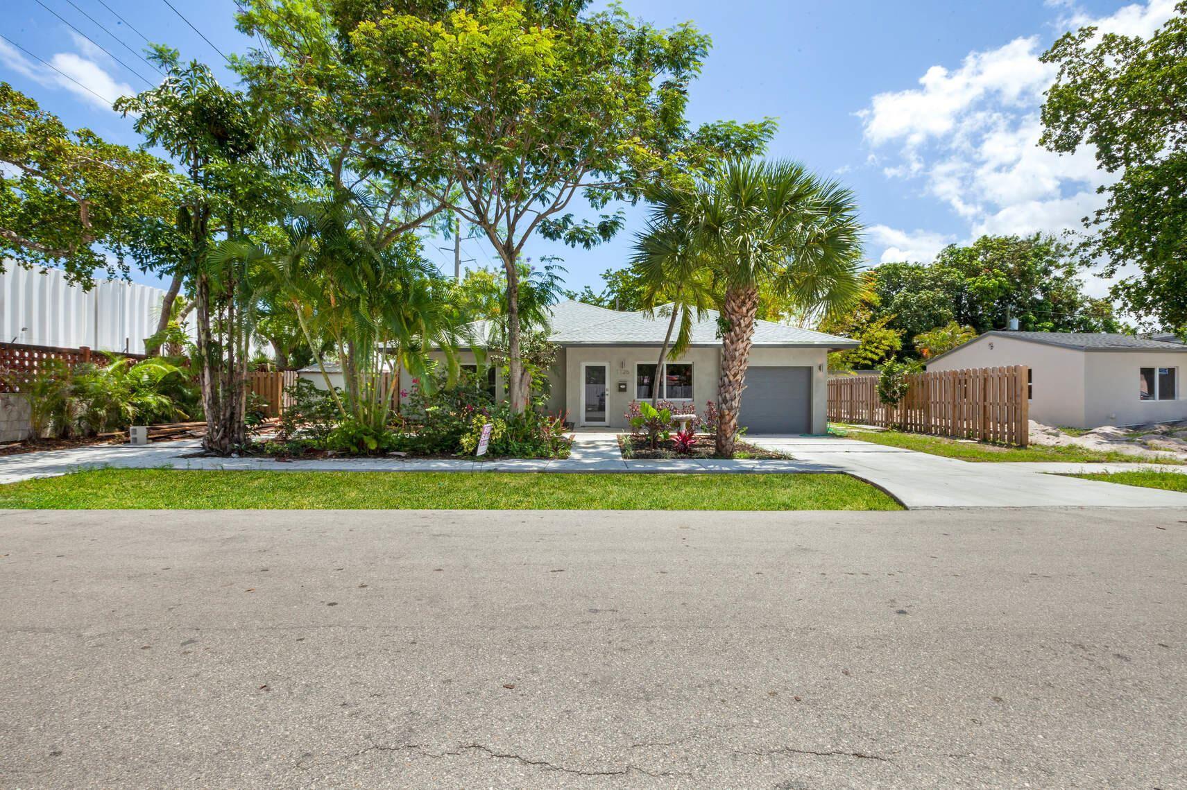 Photo of 1126 NE 16th Court, Fort Lauderdale, FL 33305 (MLS # RX-10742674)