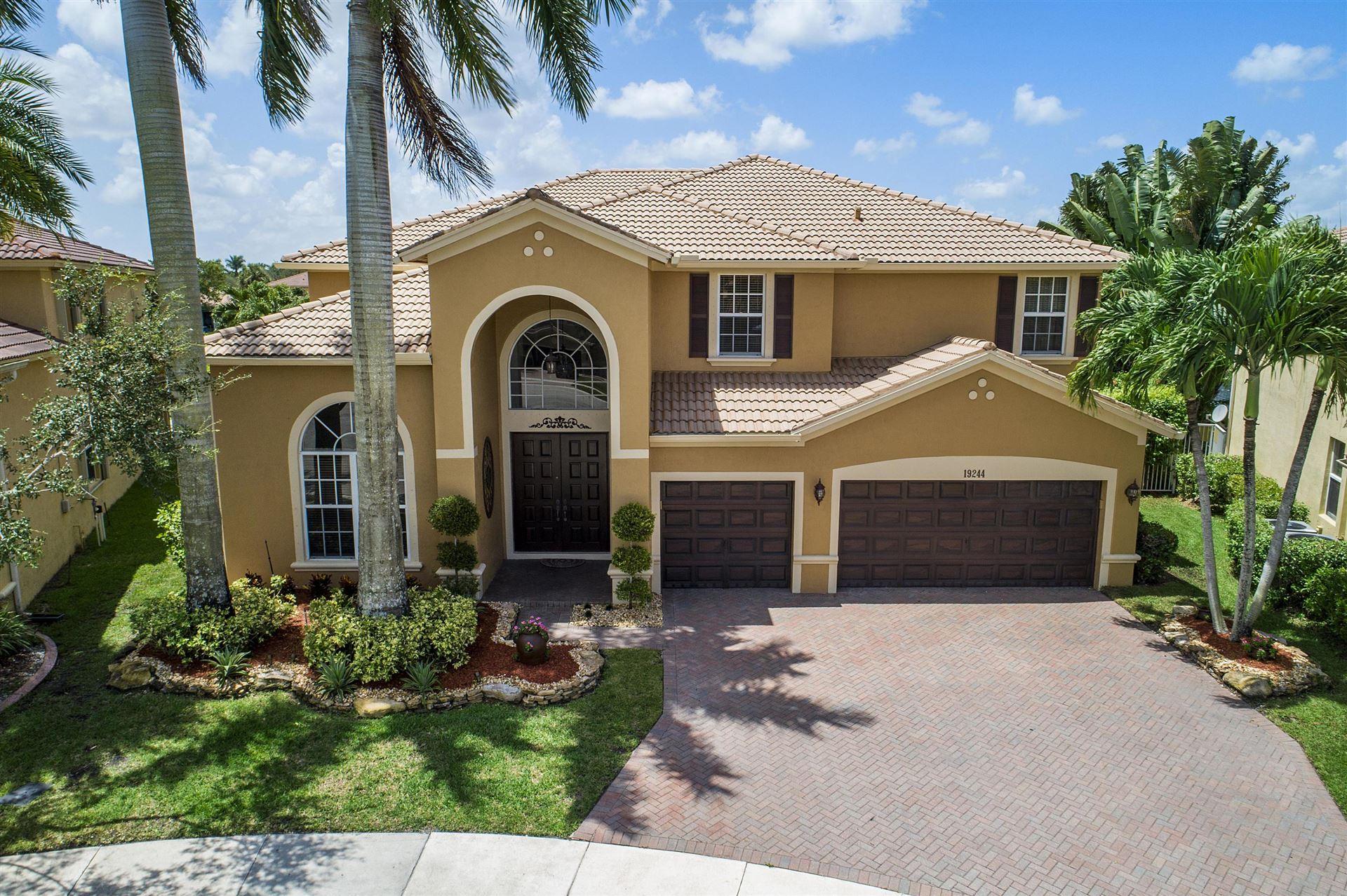 19244 S Gardenia Avenue, Weston, FL 33332 - #: RX-10642676