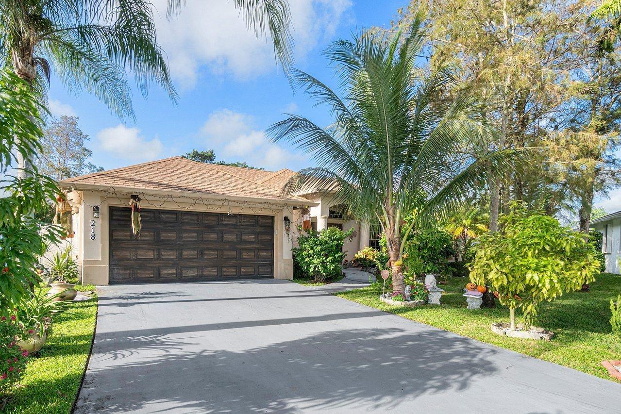 218 Park Road N, Royal Palm Beach, FL 33411 - #: RX-10667676