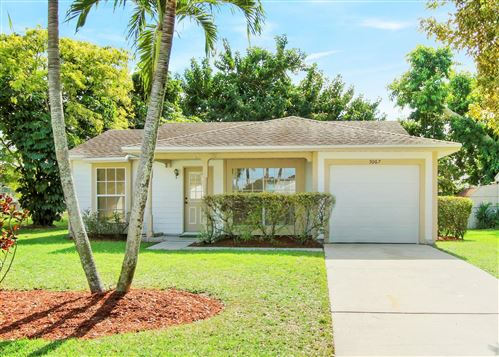 Photo of 5067 Silver Maple Lane, Boynton Beach, FL 33472 (MLS # RX-10583677)