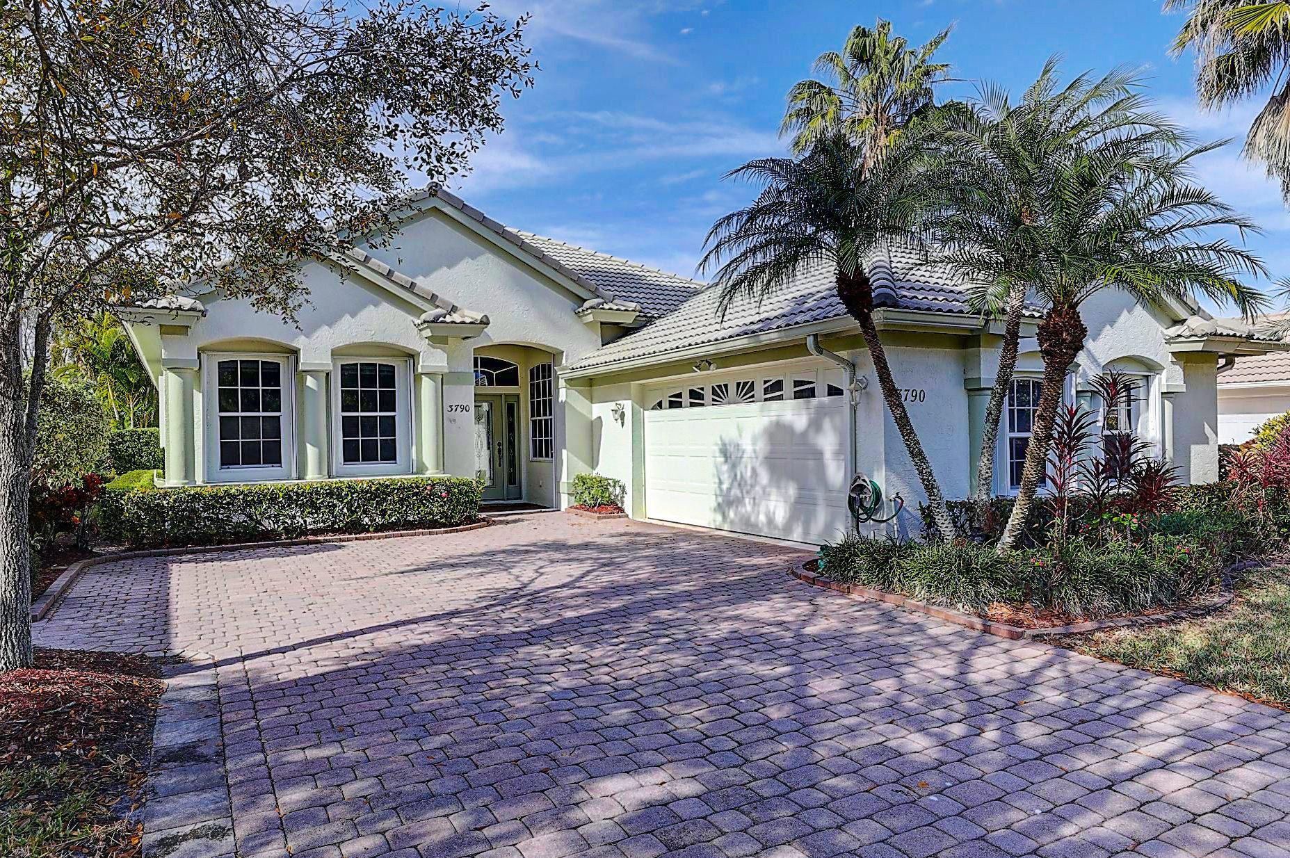 3790 NW Royal Oak Drive, Jensen Beach, FL 34957 - #: RX-10685678