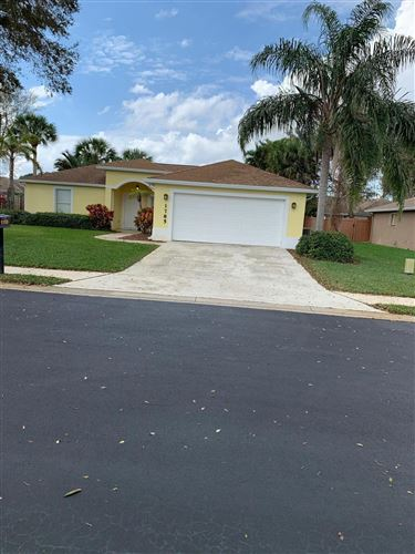 Photo of 1785 Finch Lane, Vero Beach, FL 32962 (MLS # RX-10695680)