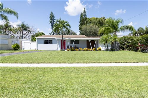 Photo of 4235 Bellewood Street, Palm Beach Gardens, FL 33410 (MLS # RX-10656681)