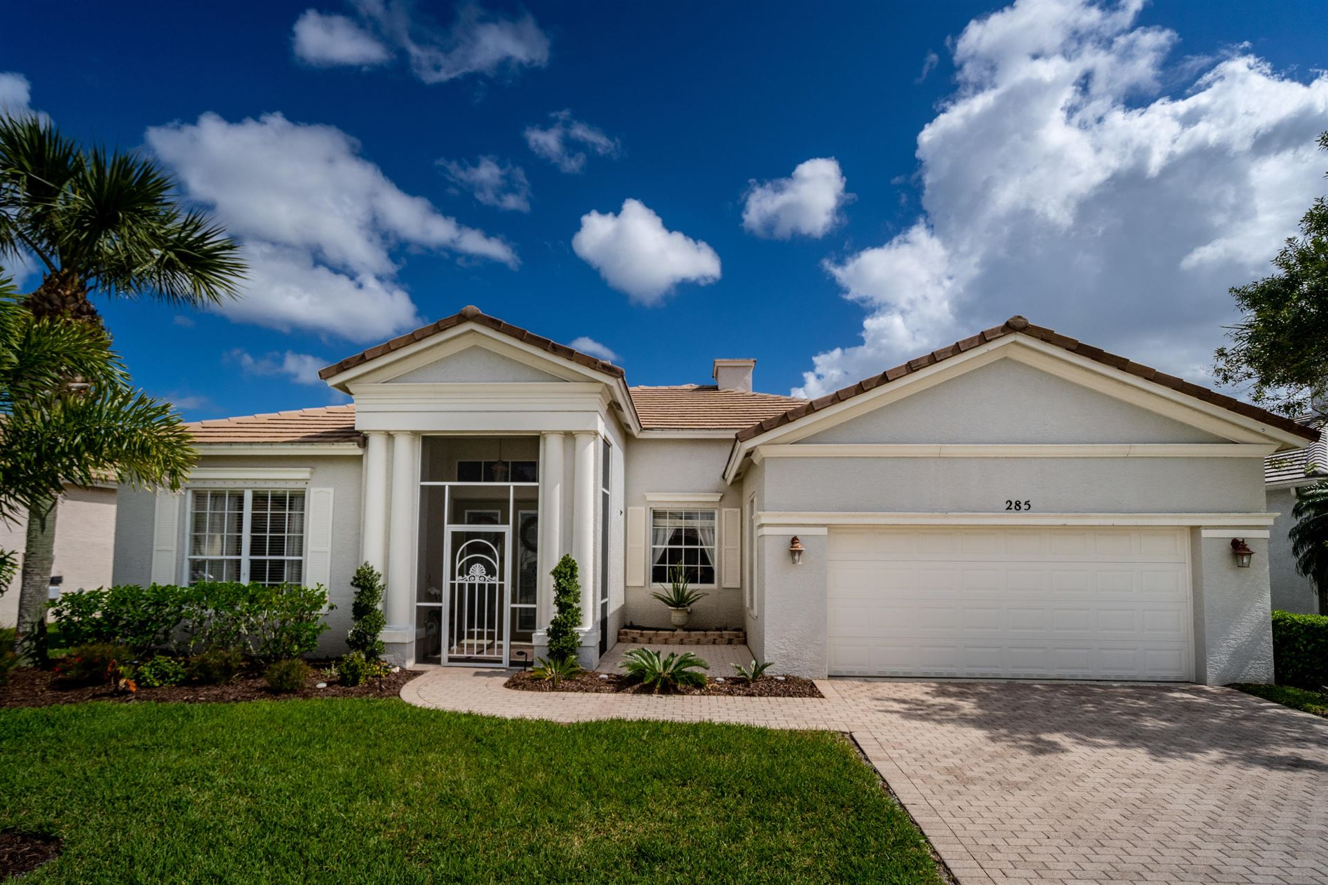 285 SW Lake Forest Way, Port Saint Lucie, FL 34986 - #: RX-10696683