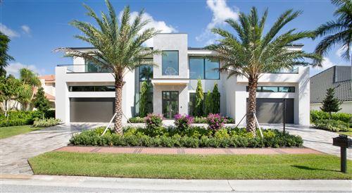 Photo of 7060 Queenferry Circle, Boca Raton, FL 33496 (MLS # RX-10663685)