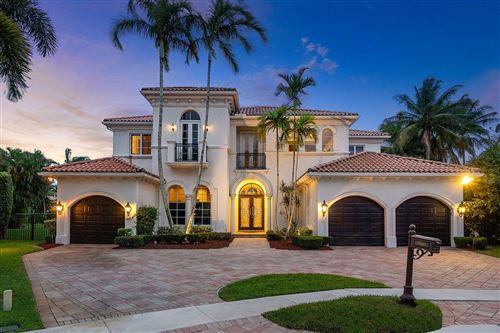 Photo of 17603 Middle Lake Drive, Boca Raton, FL 33496 (MLS # RX-10628686)