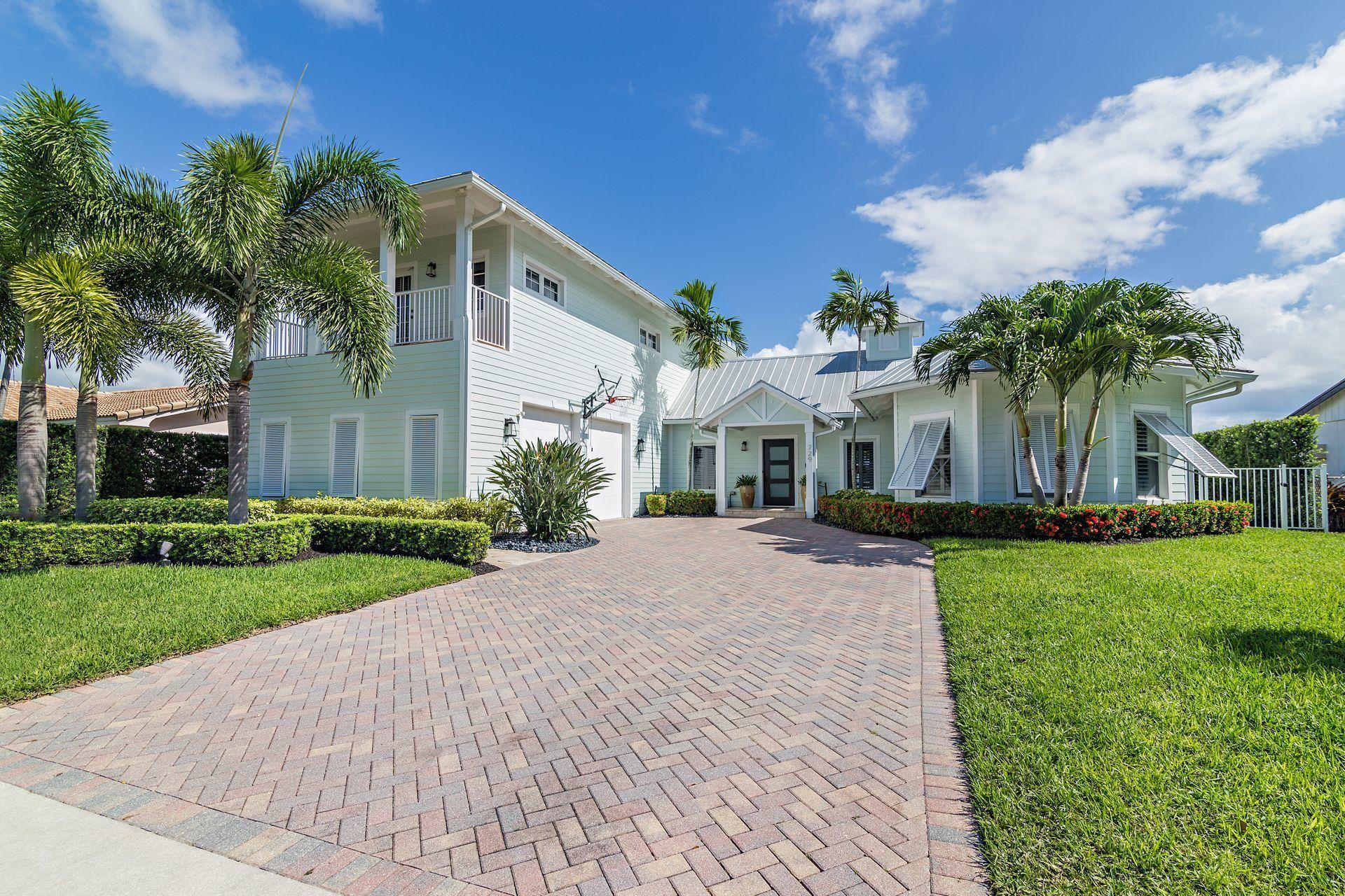 729 Robin Way, North Palm Beach, FL 33408 - #: RX-10630688