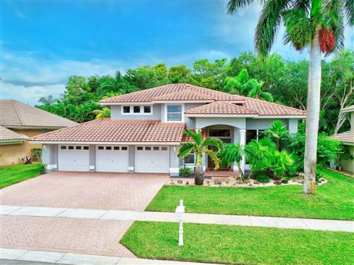 Photo of 19243 Cloister Lake Lane, Boca Raton, FL 33498 (MLS # RX-10655691)