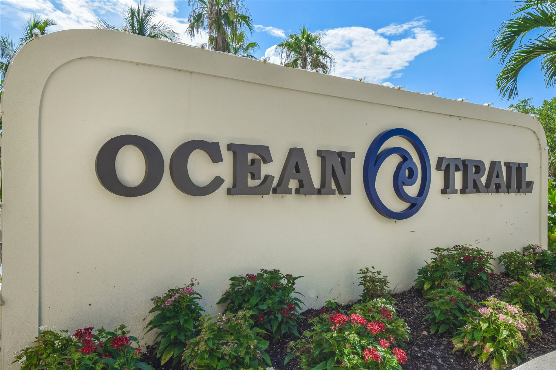Photo of 400 Ocean Trail Way #607, Jupiter, FL 33477 (MLS # RX-10641692)