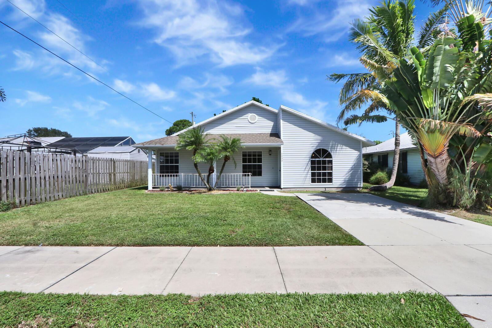 5339 SE Dell Street, Stuart, FL 34997 - #: RX-10657692