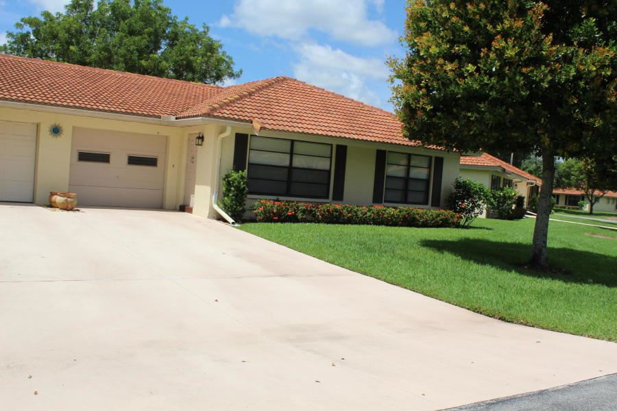 Photo of 4620 Apple Tree Circle #B, Boynton Beach, FL 33436 (MLS # RX-10658692)