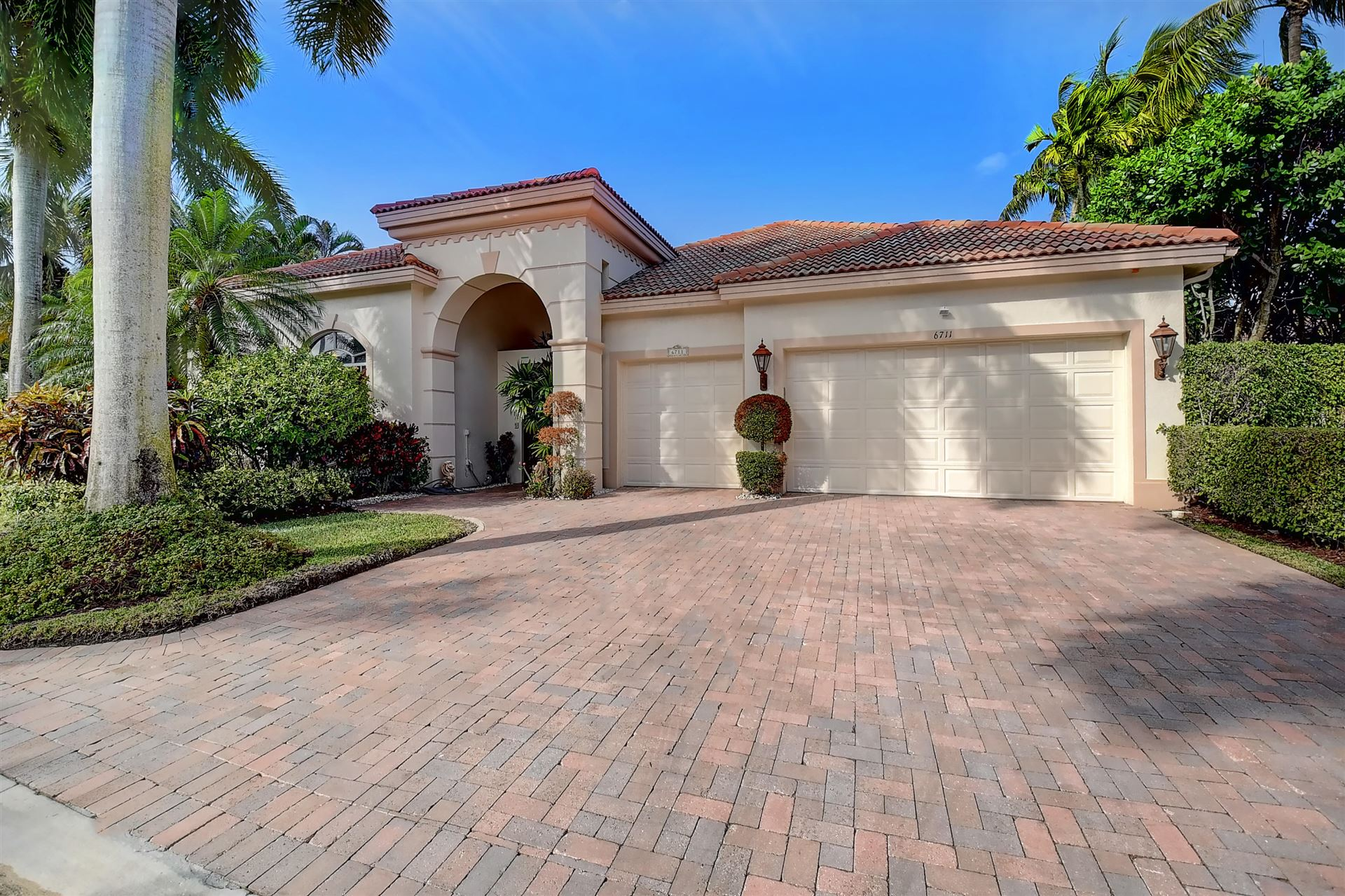 6711 Casa Grande Way, Delray Beach, FL 33446 - #: RX-10683692