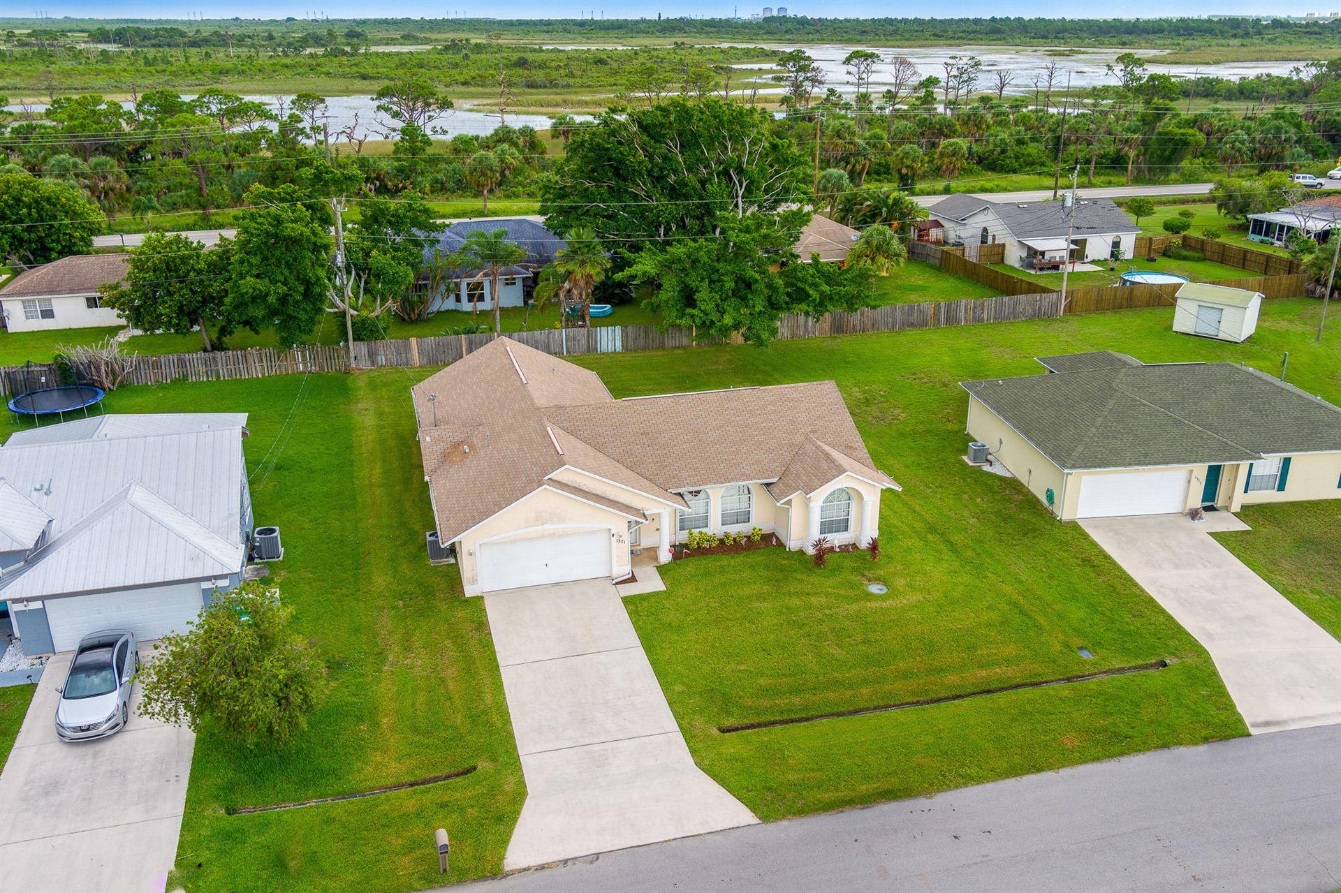 1371 SE Appamattox Terrace, Port Saint Lucie, FL 34952 - #: RX-10731692