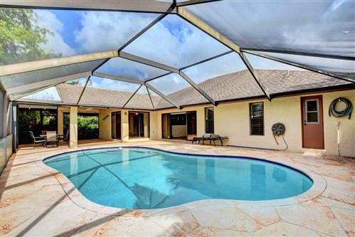 Photo of 18324 181st Circle, Boca Raton, FL 33498 (MLS # RX-10595695)