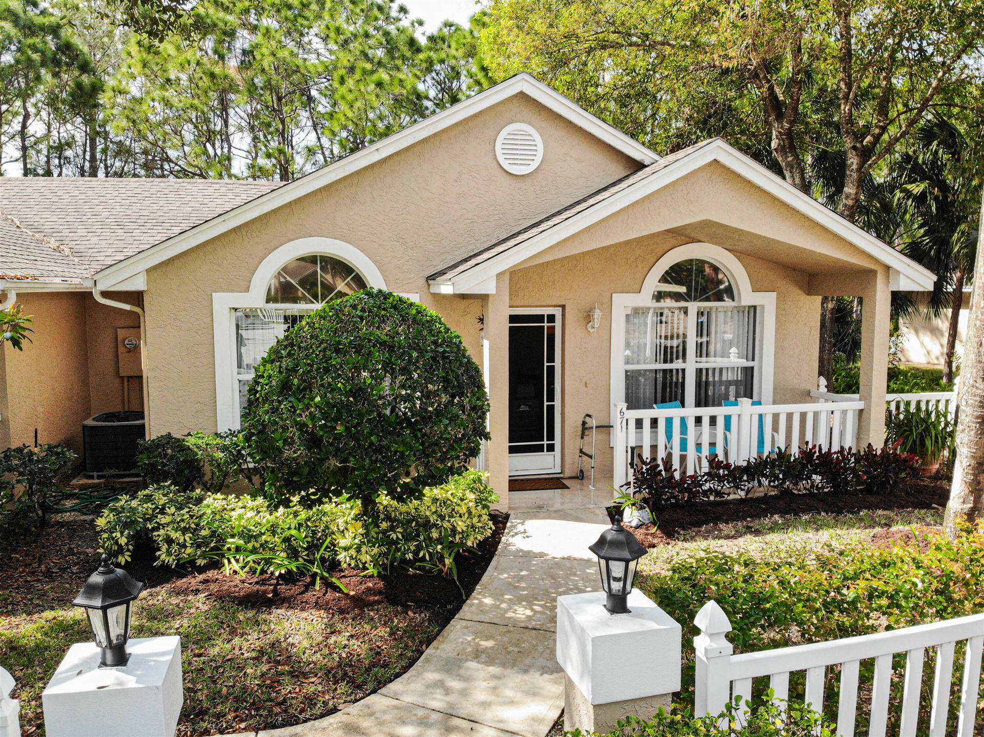 671 NW San Remo Circle, Port Saint Lucie, FL 34986 - #: RX-10693696