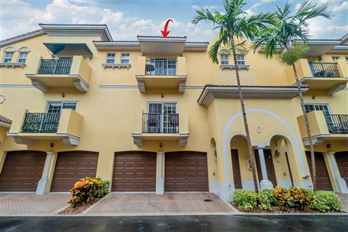 Photo of Listing MLS rx in 2524 SW 14th Avenue #902 Fort Lauderdale FL 33315