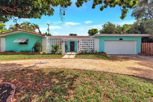 Photo of 711 SW 25th Place, Boynton Beach, FL 33435 (MLS # RX-10635700)