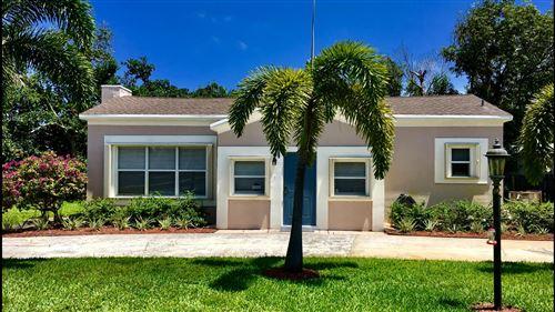Foto de inmueble con direccion 701 SW 8th Avenue Delray Beach FL 33444 con MLS RX-10651703