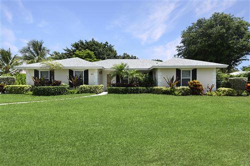 Photo of 917 SW 36th Court, Boynton Beach, FL 33435 (MLS # RX-10714703)